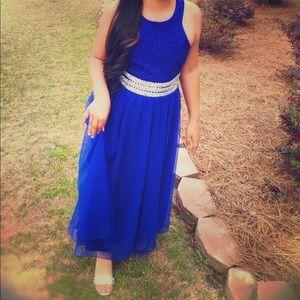 Beautiful Speechless formal 👗 dress
